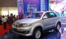 Toyota ra mắt phiên bản Fortuner 2012 tại triễn lãm Việt nam Motor Show