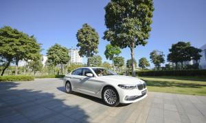 BMW 530i 2019 tại showroom TPHCM