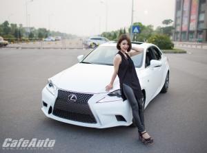 Lexus IS250 F-sport 2015 đọ sắc cùng người đẹp Hà Thành