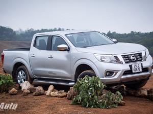 Chi tiết Nissan Navara Np300 2015