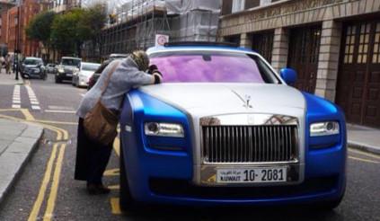 """Bài học kinh điển từ """"ông lão ăn mày và đại gia Rolls Royce"""""""