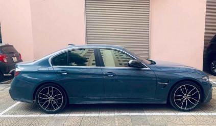 """""""Độ"""" xe hơn 500 triệu, BMW 320i 2015 bán lại chỉ 1 tỷ: món hời cho người đam mê"""