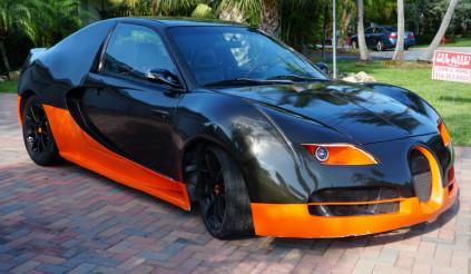 Honda Civic + Bugatti Veyron = Civic Gatti