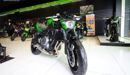 Chi tiết Kawasaki Z650 ABS 2018 ra mắt với 3 màu sơn mới