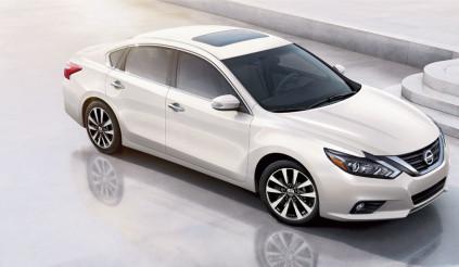 Bảng giá xe Nissan tháng 4, Teana giảm 104 triệu, X-trail vẫn tăng giá