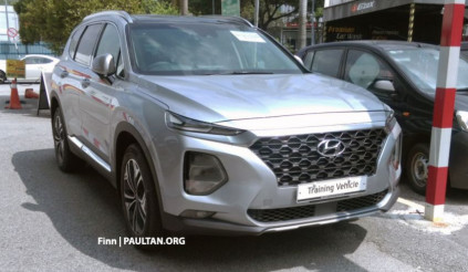 Bộ ba Hyundai Santa Fe, Kona, Veloster bất ngờ xuất hiện tại Malaysia