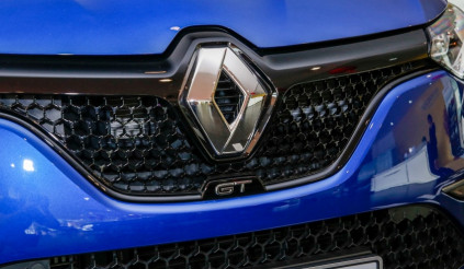 Sẽ không có chuyện Renault sở hữu hoàn toàn Mitsubishi, Nissan