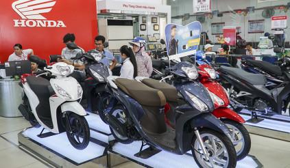 Honda Việt Nam bán ra hơn 235.000 xe máy trong tháng 11