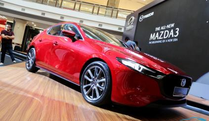 Mazda 3 thế hệ mới giá từ 788 triệu đến tay khách hàng Malaysia