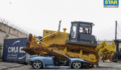Ferrari 360 Spider bị phá hủy do nhập lậu tại Philippines