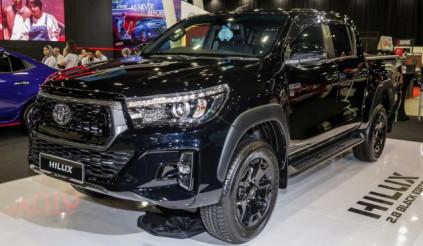Toyota Hilux 2.8 Black Edition ra mắt thị trường Malaysia giá từ 776 triệu