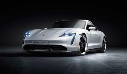 Hàng loạt siêu xe đình đám phải khóc thét vì cục sắt nặng 2,3 tấn của Porsche