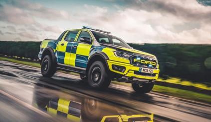 """Ford Ranger Raptor, Focus ST """"lên ngôi""""  xe nghiệp vụ cho cảnh sát Anh"""