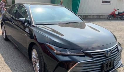 Toyota Avalon Hybrid Limited 2020 đầu tiên tại Việt Nam, giá 4 tỷ