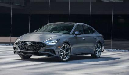 """Hyundai Sonata 2021: Liệu có thể lật đổ """"tượng đài"""" Toyota Camry?"""