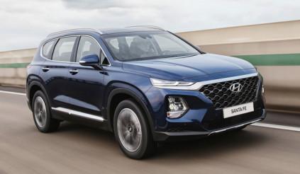 Hyundai Santa Fe chiếm ngôi đầu phân khúc SUV 7 chỗ, vượt mặt Fortuner