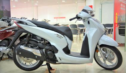 Các hãng xe máy đua nhau tung ra ưu đãi nhằm kích cầu mua sắm dịp gần cuối năm