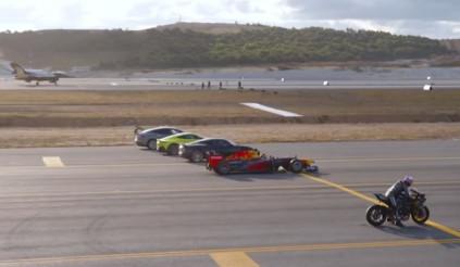Choáng ngợp màn so tài tốc độ giữa siêu xe, siêu motor và máy bay phản lực