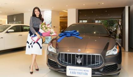 Á hậu Thúy Vân 'sắm' xe Maserati Quattroporte GranLusso trị giá gần 8 tỷ đồng
