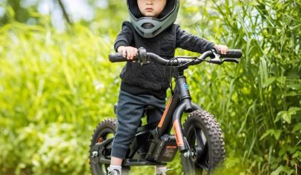 Dù là đồ chơi trẻ con nhưng những chiếc xe này của Harley Davidson vẫn rất chất