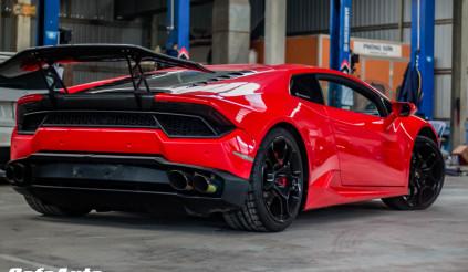 Chỉ 13 tỷ sở hữu ngay Lamborghini  Huracan LP580-2 cùng cánh gió 'khủng'
