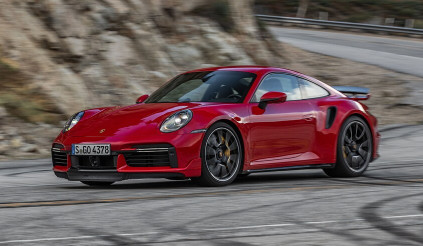 Porsche 911 Turbo S 2021: nhanh hơn cả  hypercar triệu đô 918 Spyder