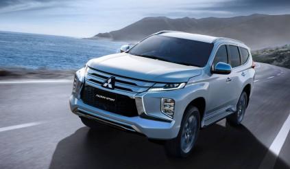 """Mitsubishi nâng cấp Pajero Sport 2020, thách thức """"bá vương"""" Toyota Fortuner"""