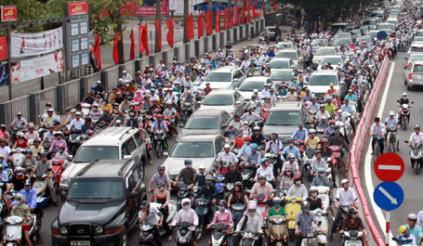 Chủ tịch nước: Cấm xe máy đừng nóng vội,