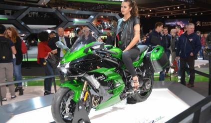 Kawasaki H2 SX 2018 - ngôi sao tại triển lãm EICMA