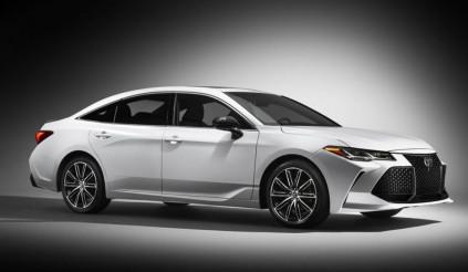 """Soi chi tiết """"tuyệt phẩm"""" Toyota Avalon 2019 vừa ra lò"""