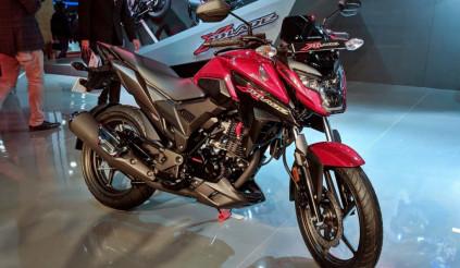 Tân binh Honda X-Blade 160 giá 27,5 triệu đồng, thách thức hàng loạt đối thủ