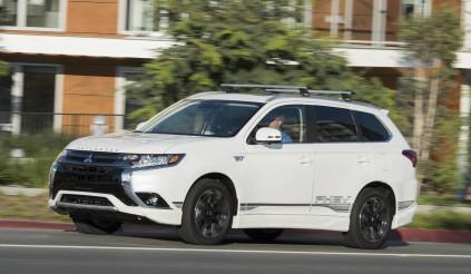 Mitsubishi Outlander mới được phát triển dựa trên khung gầm của Nissan Rogue