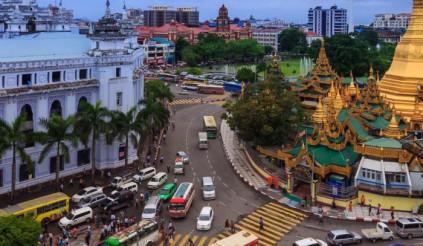Vỡ trận vì ôtô rẻ tràn đường, sao Myanmar vẫn cấm xe máy?