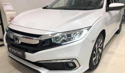 Honda Civic 1.8E 2019 giá 729 triệu về đại lý: chìa khóa cơ, gương gập tay và ghế nỉ