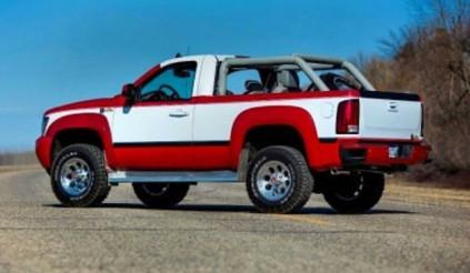 """Chevrolet Blazer """"hiện thân"""" trong hình hài của Silverado """"độ"""""""