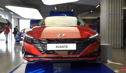 Hyundai Elantra 2021 ra mắt tại Hàn, giá từ 298 triệu đồng: sau 9 ngày đã có 16.849 đơn hàng