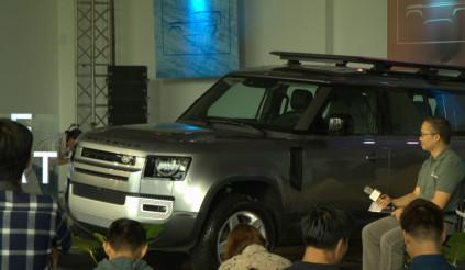 Land Rover Defender 2020 trình làng khách Việt, đối thủ Mercedes-Benz G-Class, giá dễ chịu từ 3.8 tỷ đồng