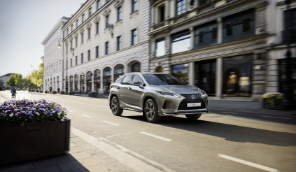 """Lexus RX 2021 thêm bản Sport tại châu Âu, nội thất """"nói không với da động vật"""""""