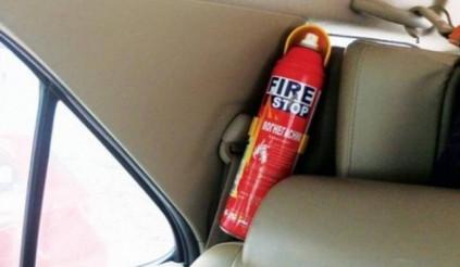 Ô tô dưới 9 chỗ không còn bắt buộc phải lắp bình cứu hỏa