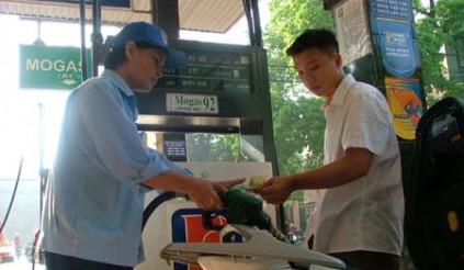 Chọn đúng loại xăng cho xe máy sẽ an toàn, tiết kiệm