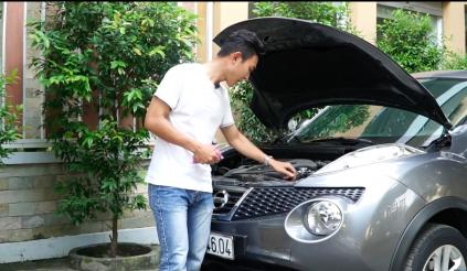 Làm gì khi động cơ ô tô quá nóng?