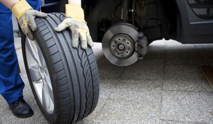 Công dụng của việc đảo lốp là gì? Xe đi được bao nhiêu km thì cần đảo lốp?