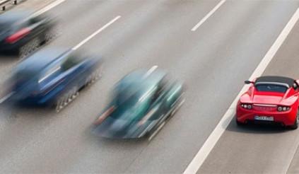 Bổ sung ngay kiến thức về làn dừng khẩn cấp trên cao tốc nếu không muốn bị phạt