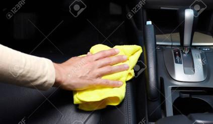 Cách khử khuẩn, làm sạch xế cưng của bạn trong mùa dịch tránh mắc sai lầm