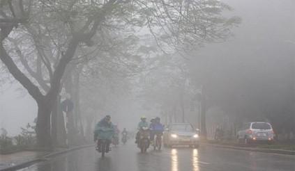 Lái xe mưa phùn, tưởng dễ mà không dễ