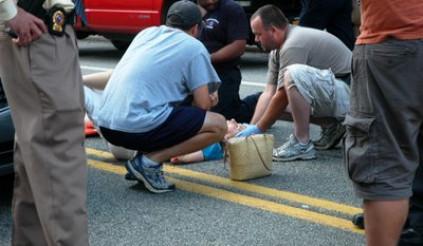 Không cứu giúp người bị tai nạn giao thông có thể bị phạt tù